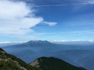 御嶽山が見える