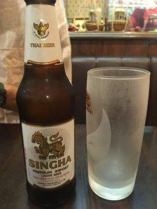 サワデーすみ芳 シンハービール