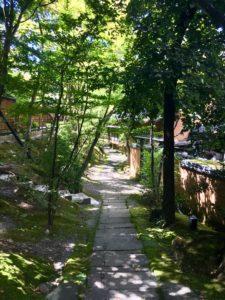 山みず木 館内の道2